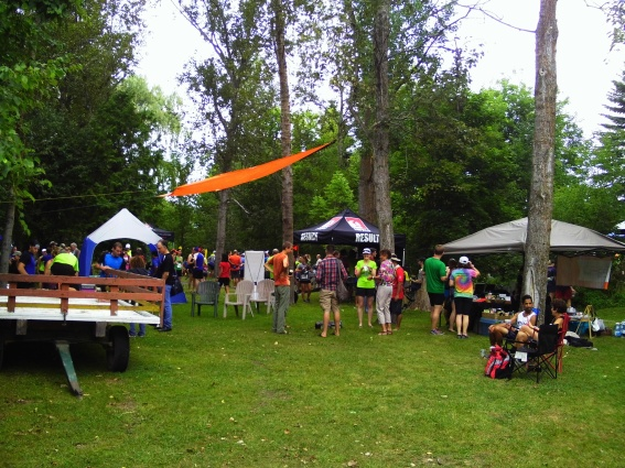 The event was capped at 250 runners for all 3 distances. Many runners stayed around.