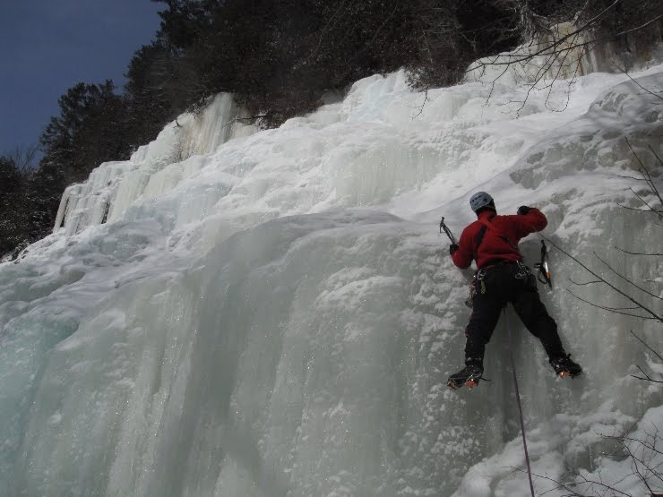 "Image source ""Ice Climbing in Ontario"""