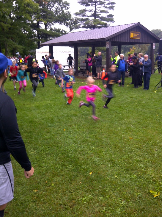 The 1st race of the day was the kids race. Loved cheering them on as they raced their hearts out.